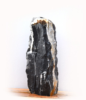 Black Angel Marmor Quellstein Natur Nr 106/H 71cm (Quellsteine) / Bild 1