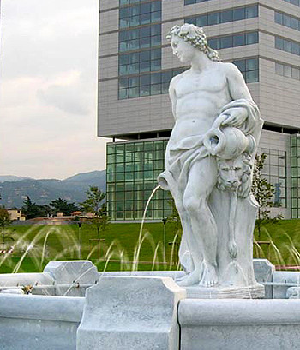Springbrunnen Fontana San Tropez  Bild 02